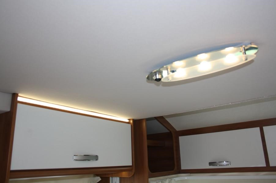 Wohnmobil: viel Licht in LED Form - Ahorn Kentucky Country LG